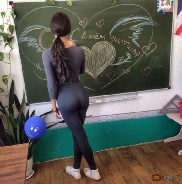 Przy tablicy
